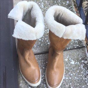 New Frye Gemma shearling Boots w/box